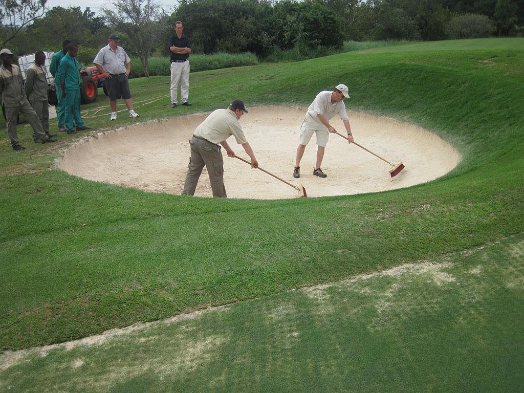 Leopards creek Hole 8 Sweeping